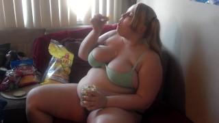 Kövér Nagy Cicis Tini Lány Imád Enni