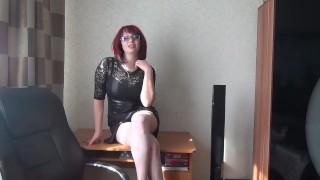 Orosz Vöröske Szemüveges Bombázó Tanárnő Masztizása